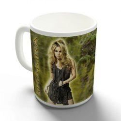 Shakira bögre
