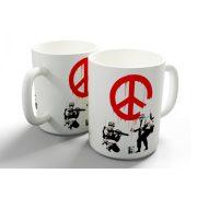 Banksy Peace bögre
